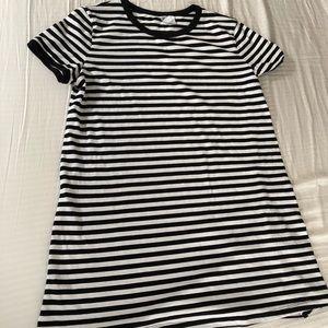 Black and white T-shirt dress